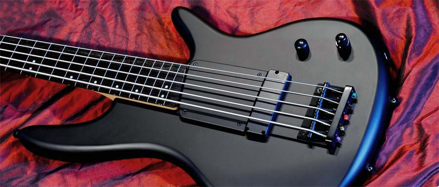 Bass Professor 1/2013, Test: IBANEZ GWB35