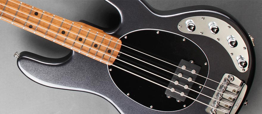 Bass Professor 2/2014 Test: MUSIC MAN StingRay 3-EQ Roasted Maple Neck