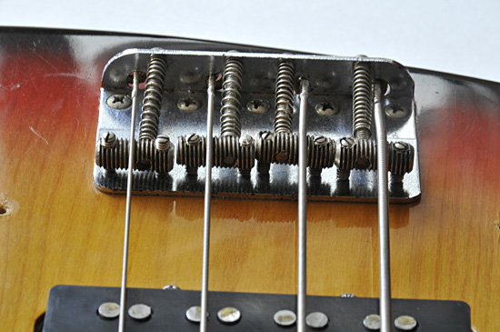 fender_jazz_bass_1973_2_550